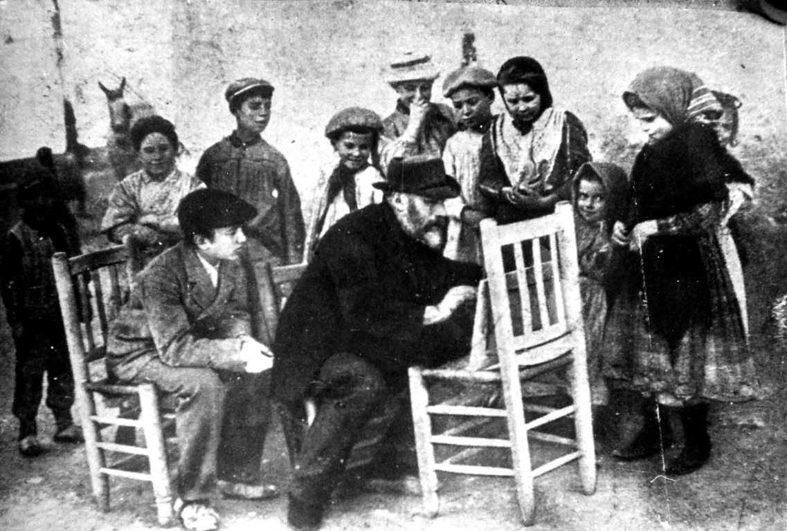 Pinazo (foto cadira)